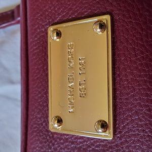 Michael Kors Bags - Michael Kors Hamilton Crossbody Wine Coloured